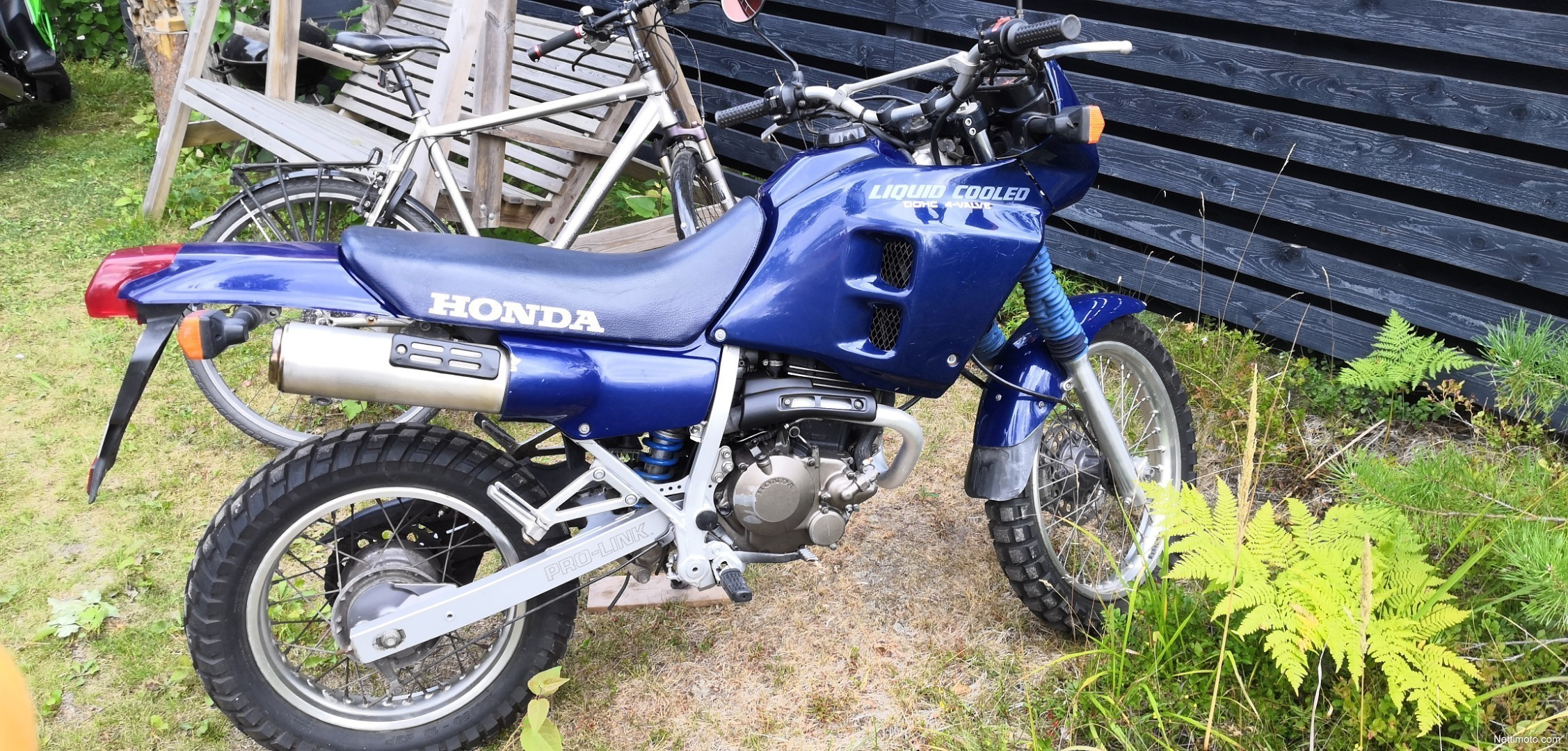 Honda NX 250 Dominator 250 cm³ 1995 - Suonenjoki