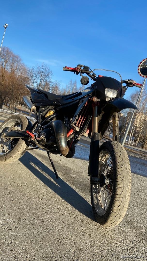 Husqvarna WR WR/WRE 125 cm³ 2009 - Kuopio - Moottoripyörä