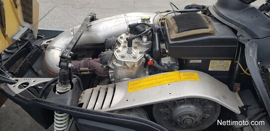 Lynx Super Touring Touring - Moottorikelkka