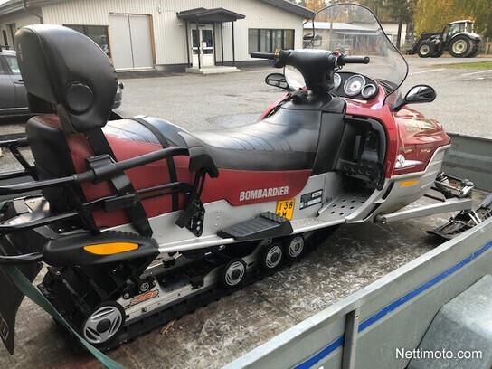 Ski-Doo Grand Touring Touring - Moottorikelkka