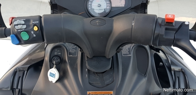 Polaris FS Touring Touring - Moottorikelkka