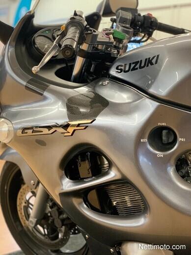 Suzuki GSX Katu/Matka/Sport 750 F