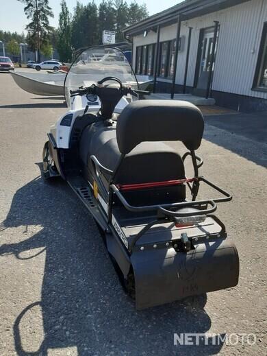 Tayga Varyag Työ - Moottorikelkka