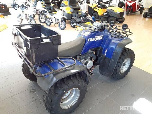 Honda FourTrax Maastoliikennemönkijä
