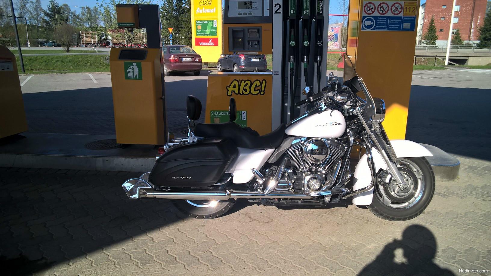 Harley-Davidson Touring FLHRI Road King FLHRS 1 600 cm³ 2007 ...