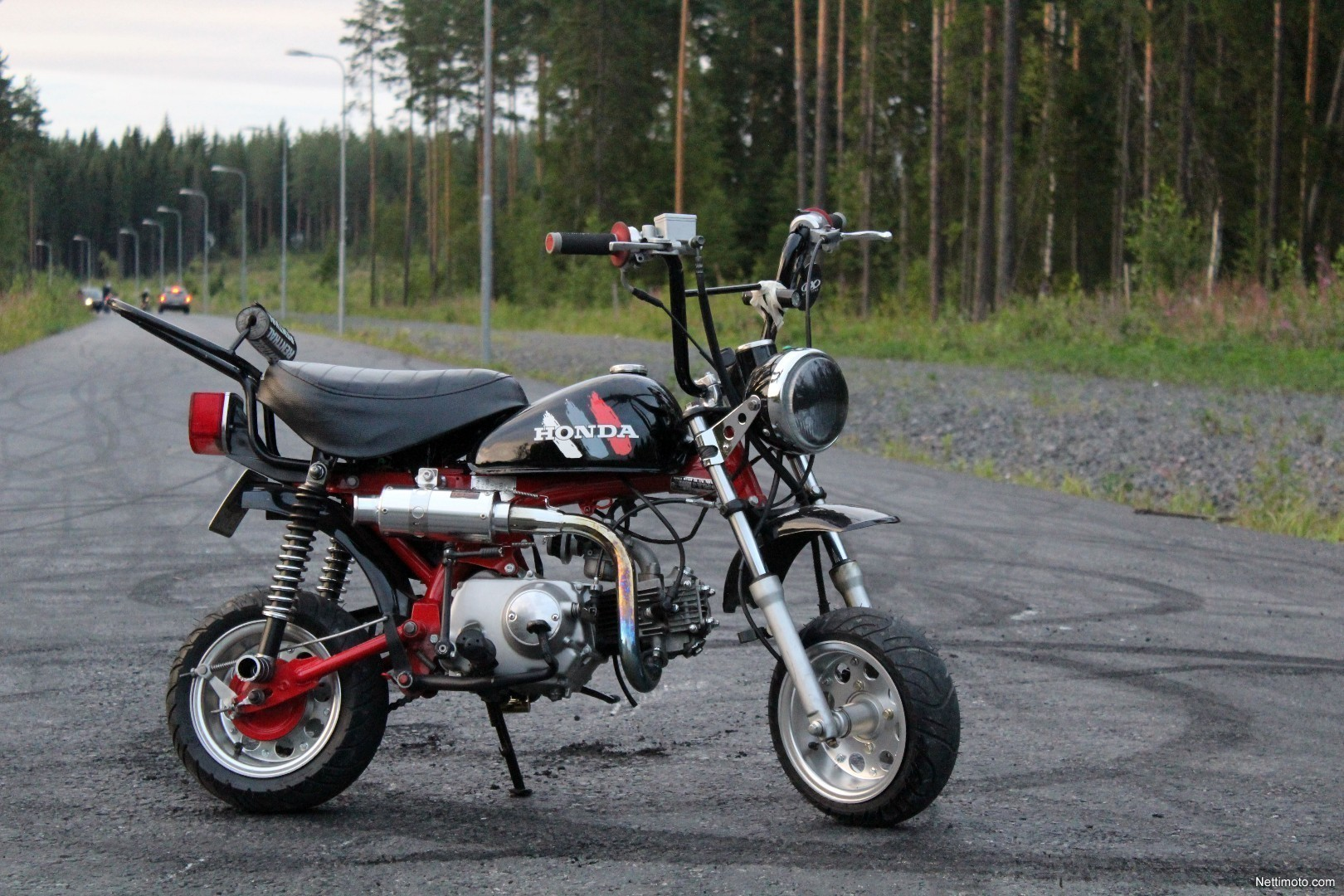 honda monkey z50j 72cc 50 cm 1994 jyv skyl moped nettimoto. Black Bedroom Furniture Sets. Home Design Ideas