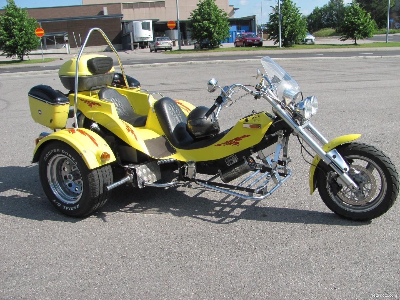 Trike Moottoripyörä