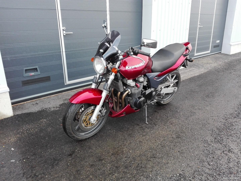 KAWASAKI ZR-7 2003 750 cm3 | moto roadster | 69 072 km