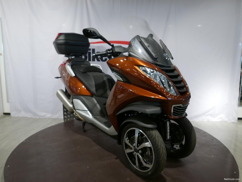 peugeot metropolis 400 abs 400 cm 2018 vantaa scooter nettimoto. Black Bedroom Furniture Sets. Home Design Ideas