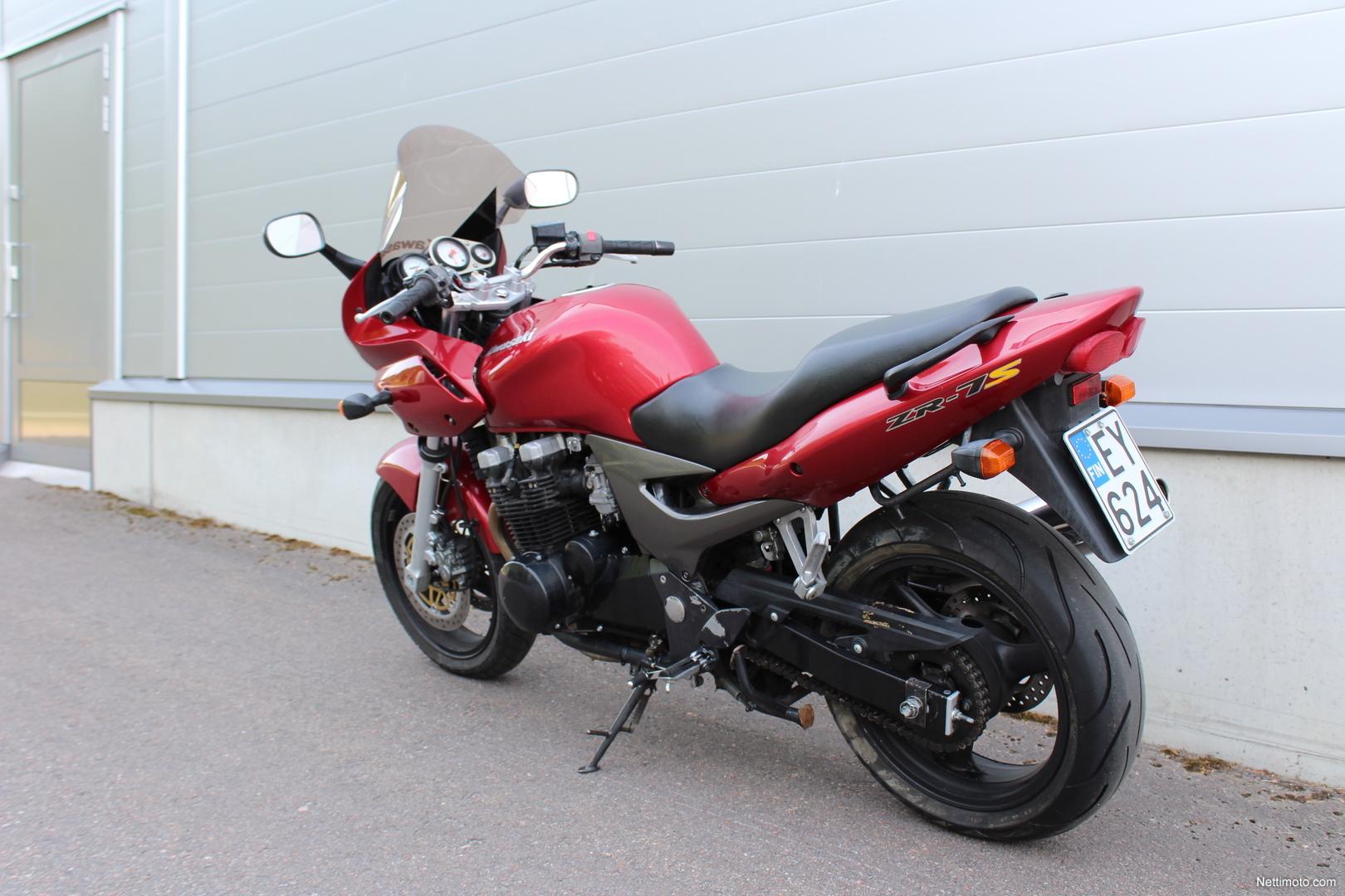Kawasaki ZR-7S 750 cm³ 2004 - Turku - Moottoripyörä - Nettimoto