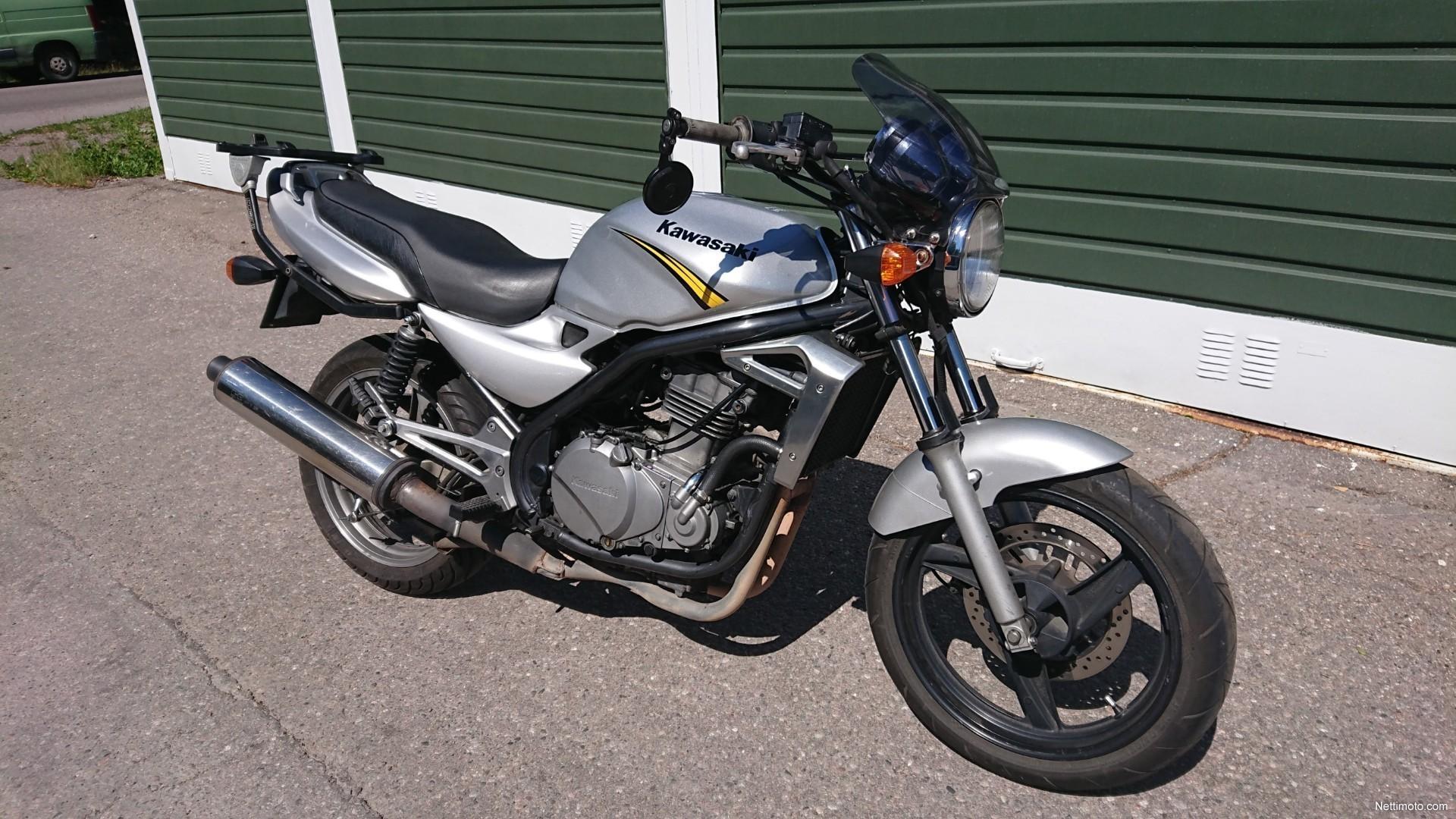 Enlarge image. Kawasaki ER-5