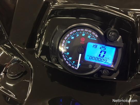 Tayga Frontier Touring - Moottorikelkka