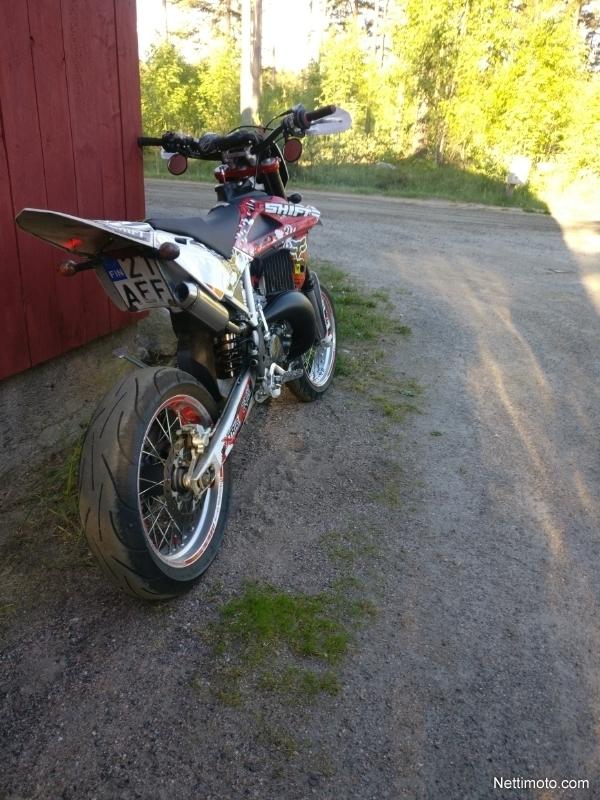 Husqvarna WRE 125 125 cm³ 2009 - Vieremä - Moottoripyörä