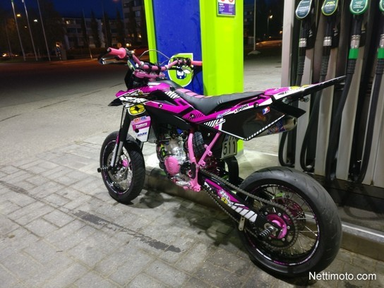 Husqvarna SM 125 125 cm³ 2006 - Loimaa - Motorcycle - Nettimoto