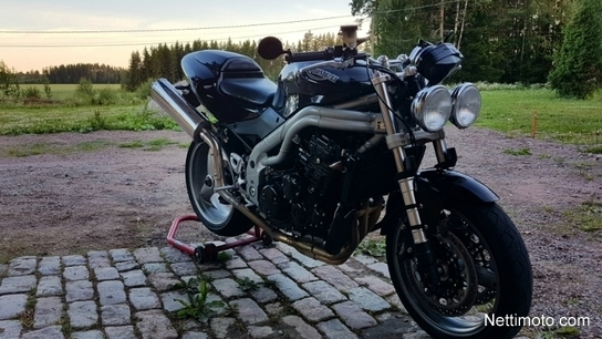 Triumph Speed Triple 955i 950 cm³ 2004 - Inari - Motorcycle