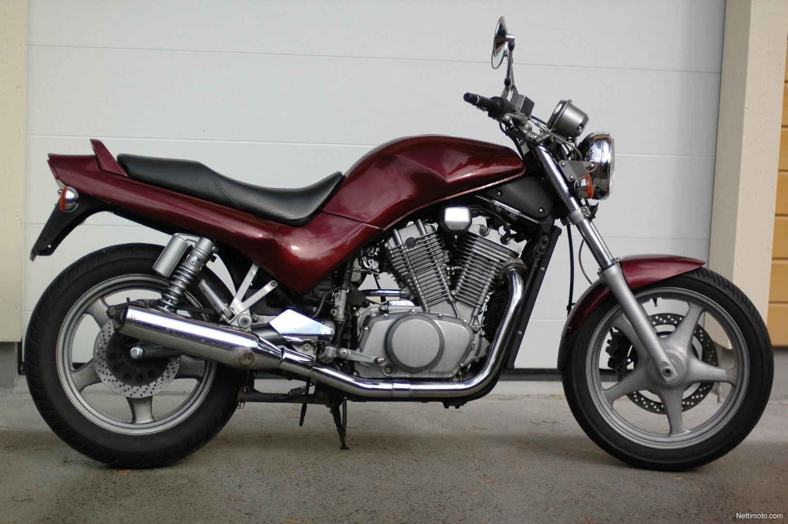 1997 Suzuki VX 800 - Moto.ZombDrive.COM