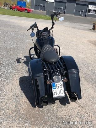 Harley-Davidson Touring 1 600 cm³ 2004 - Pori - Motorcycle