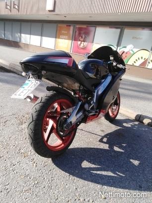 Aprilia RS VAIHTO MOPOON 125 cm³ 2004 - Keitele - Motorcycle